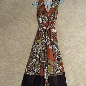 Jones New York sleeveless, wrap around dress.